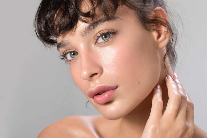 5 zasad pielęgnacji skóry, które musisz wdrożyć w okresie jesiennym